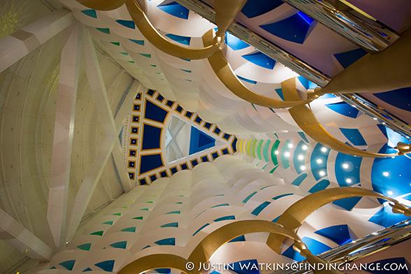 Dubai-Inside-Burj-al-arab-Olympus-OM-D-E-M5-12mm-F2.0