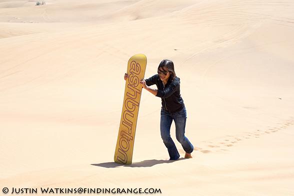 Snowboarding-in-desert-Dubai-Olympus-OM-D-E-M1-Panasonic-25mm-F1.4