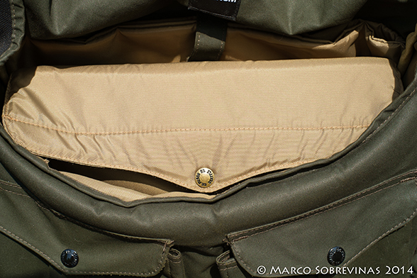 Filson-Magum-Harvey-Messenger-Bag-Review-Marco-Sobrevinas-Photo-11