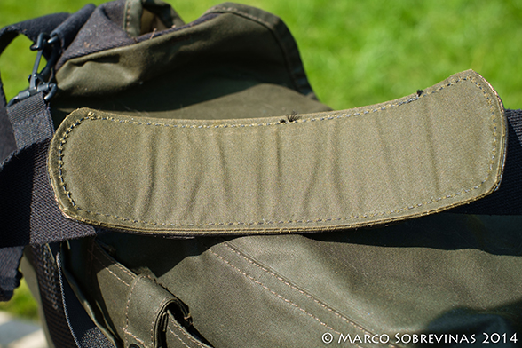 Filson-Magum-Harvey-Messenger-Bag-Review-Marco-Sobrevinas-Photo-9