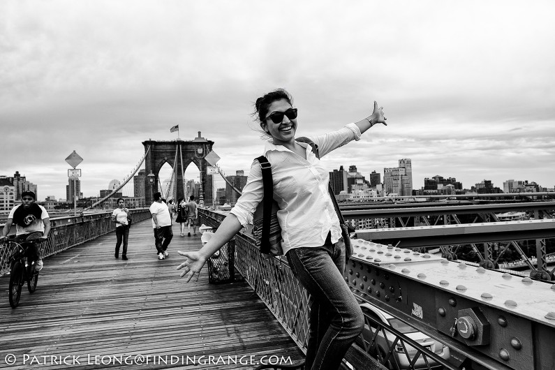 Fuji-X-E2-XF-16mm-F1.4-R-Lens-Portrait-Candid-Brooklyn-Bridge
