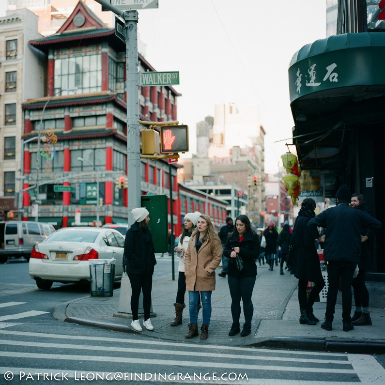 Hasselblad-503CW-Millennium-80mm-Planar-F2.8-Candid-Street-New-York-City-Fuji-Pro-400H