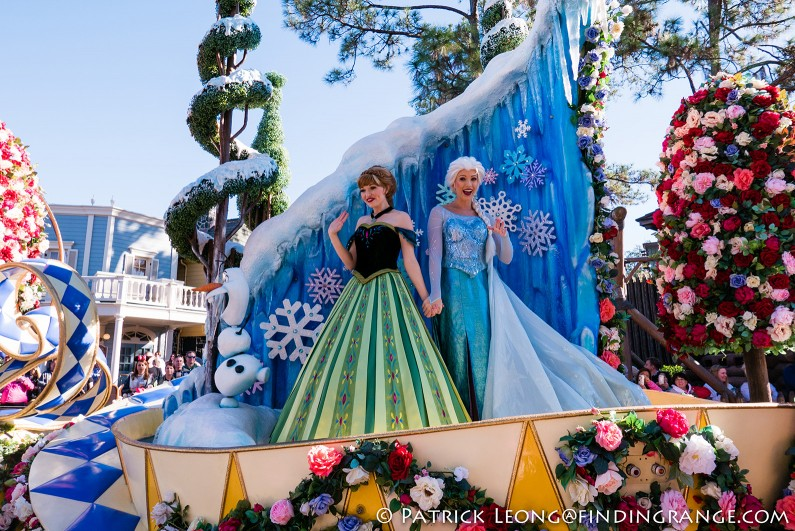 Leica-D-Lux-Typ-109-Solid-Gray-Walt-Disney-World-Magic-Kingdom-Festival-of-Fantasy-Parade-1