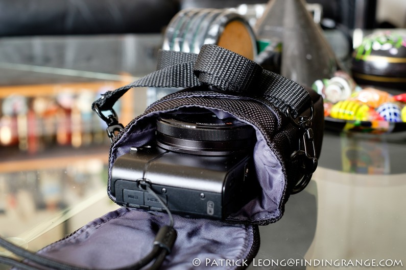 Tamrac-5689-Pro-Compact-Digital-Bag-Review-Sony-RX-100-3
