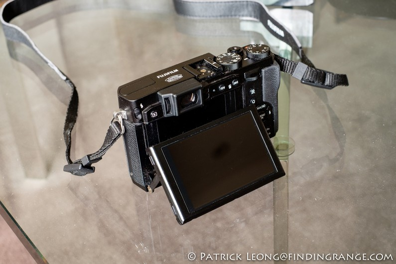 Fuji-X30-Review-Tilt-Screen