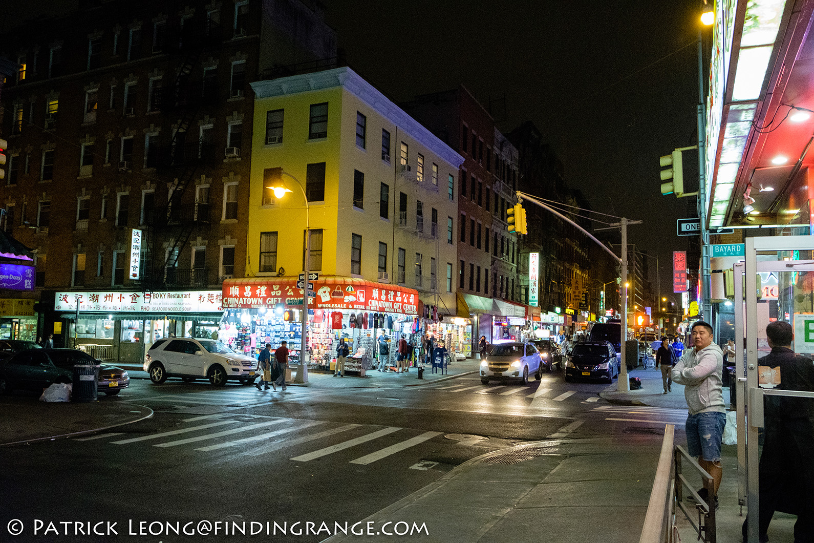 fuji-x-t2-xf-18-55mm-f2-8-4-r-lm-ois-lens-chinatown-new-york-city-high-iso
