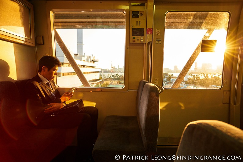 Leica-M-240-21mm-Summilux-M-f1.4-ASPH-Candid-Street-Photography-Train-Tokyo-Japan