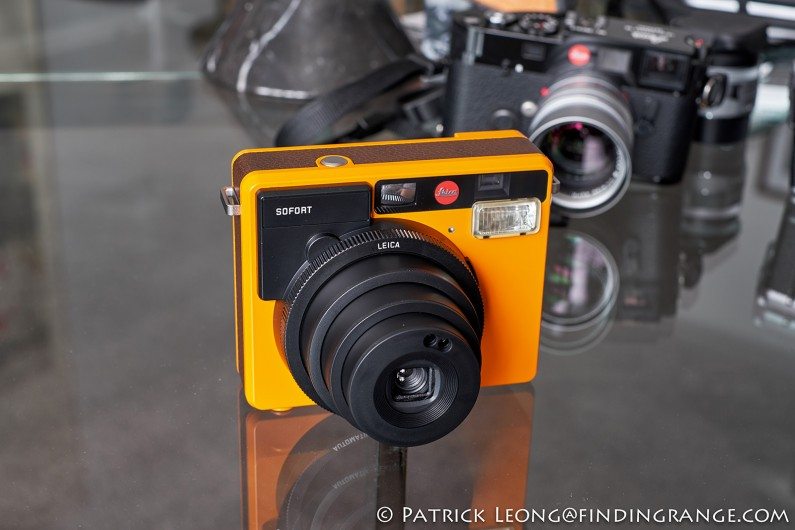 Leica-Sofort-Orange-First-Impressions-Review-2