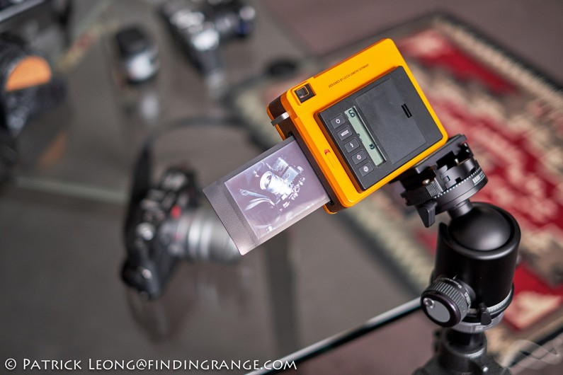 Leica-Sofort-Orange-First-Impressions-Review-6