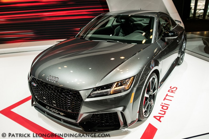 Fuji-X100F-New-York-International-Auto-Show-2017-Audi-TT-RS