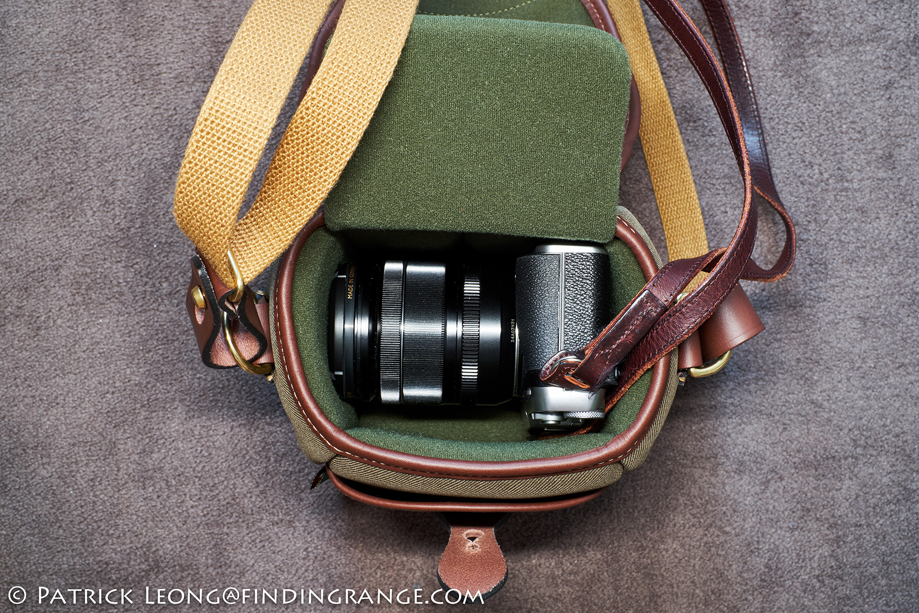 Billingham 72 Camera Bag Review Digital Burgundy Canvas Chocolate Leather The Divider Is In Here As Well I Have X E3 With Xf 18 55mm Zoom Attached This Photo Its Actually A Perfect Fit